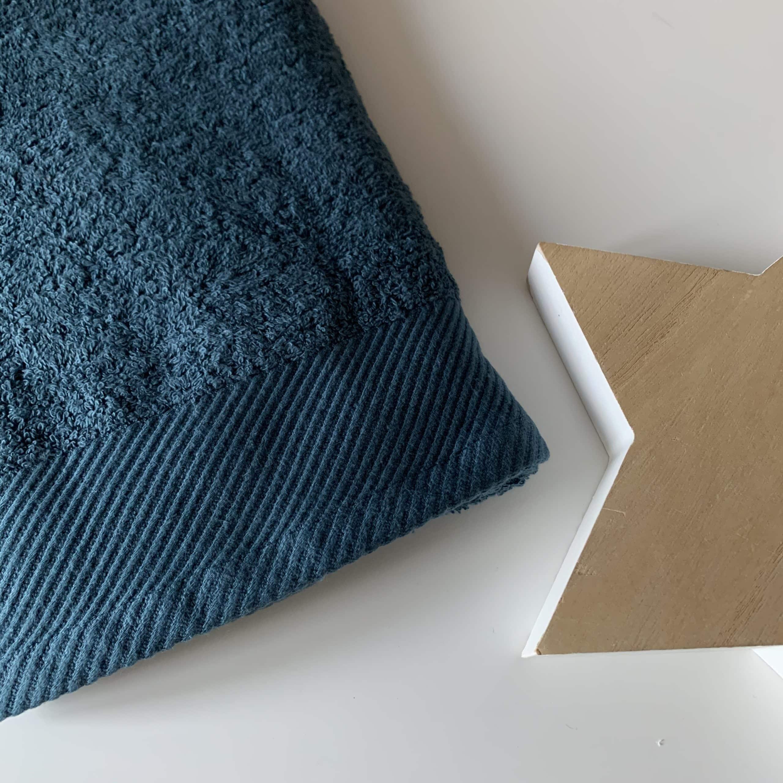 Bleu gris foncé
